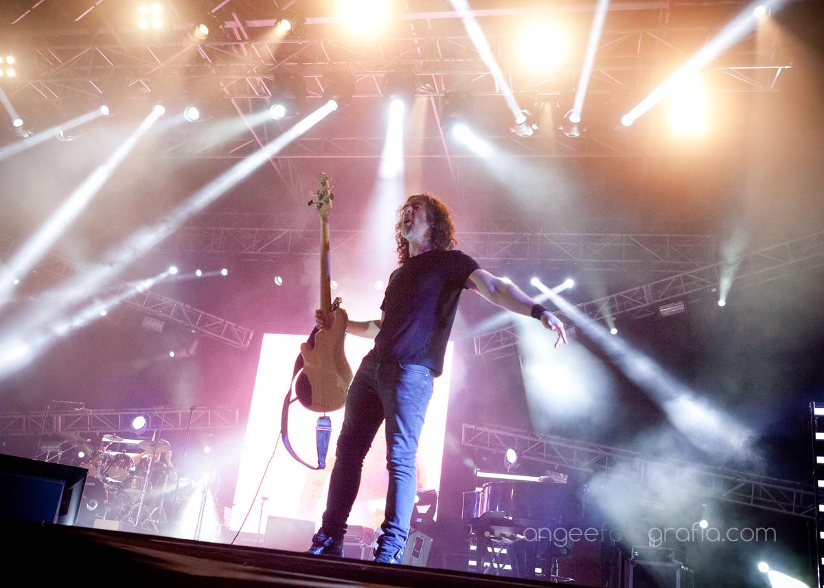 melendi gira 10 aniversario guitarrista