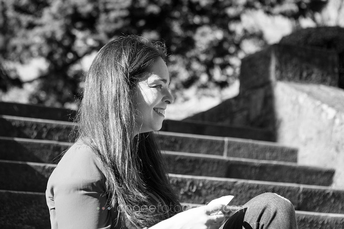 Angela Gonzalez Fotografía. Pre boda urbana. angeefotografía.com. fotógrafo en Oviedo. Fotógrafo en Asturias. Jessica y Christian. 15