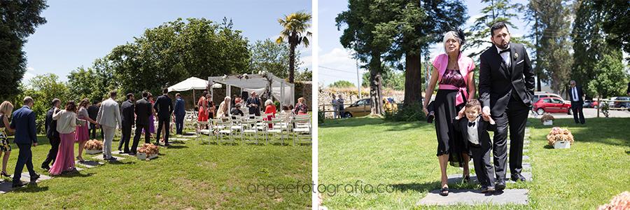 invitados y novio en la ceremonia, por angeefotografía.com