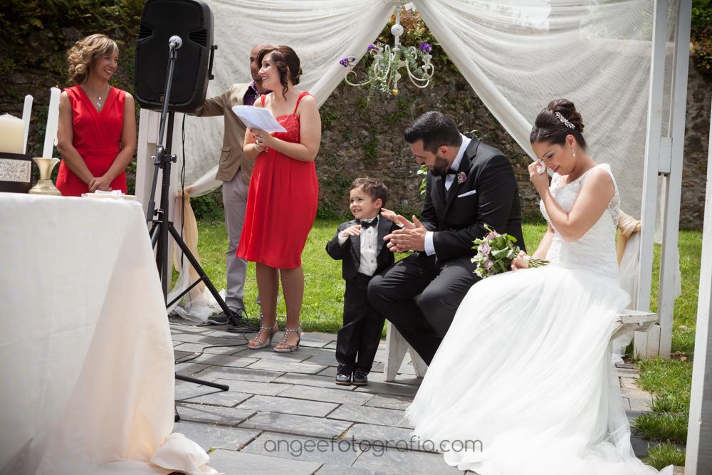 Emociones en la ceremonia de la boda de Jessica y Christian