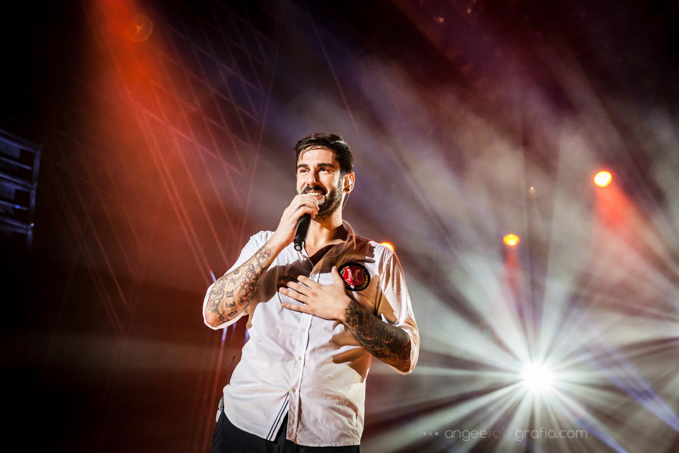 Mlendi en concierto por Angela Gonzalez Fotografía