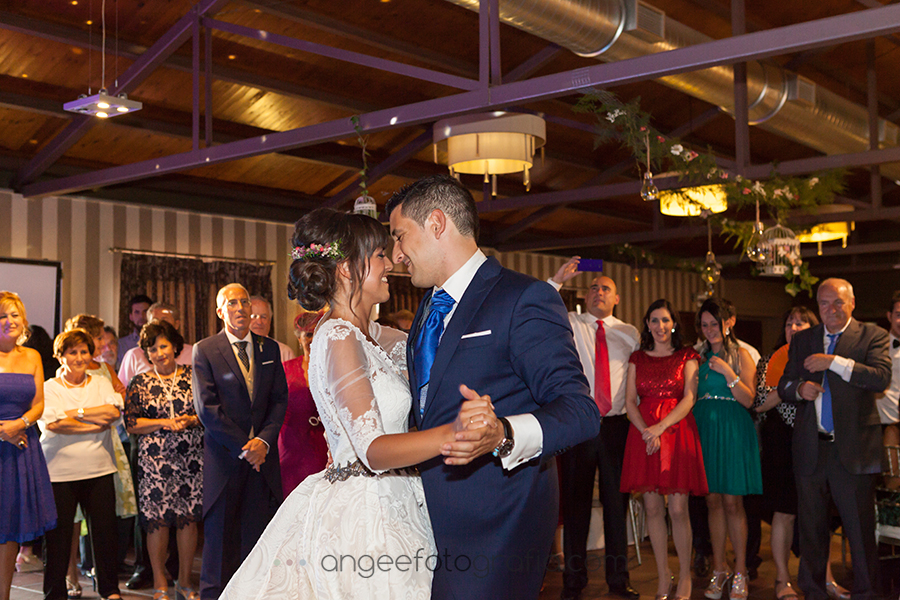 Rocio y Pablo en Covadonga. Baile
