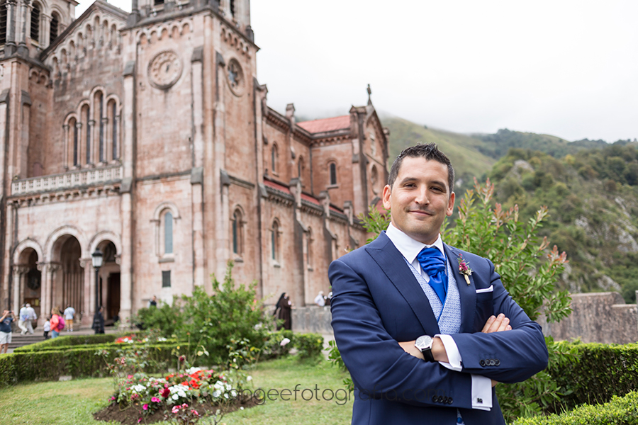 angela-gonzalez-fotografia-boda-de-rocio-y-pablo-en-covandonga-22