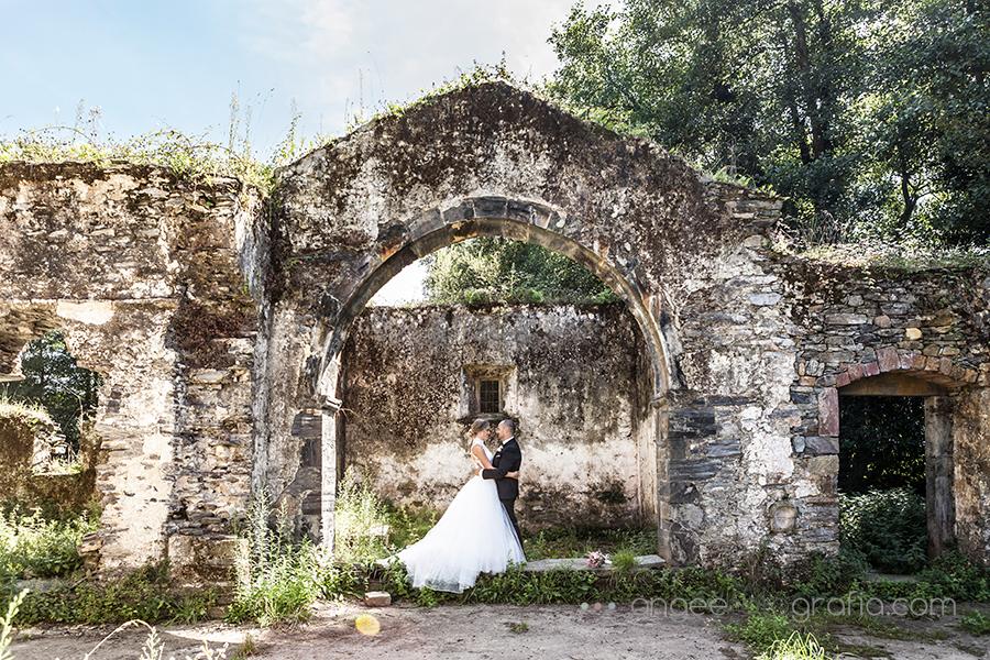 Raquel y Jorge Fotos reién casados en Luarca