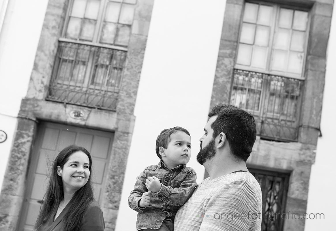 Pre boda urbana, Fotos en Oviedo por Angela Gonzalez Fotografía.