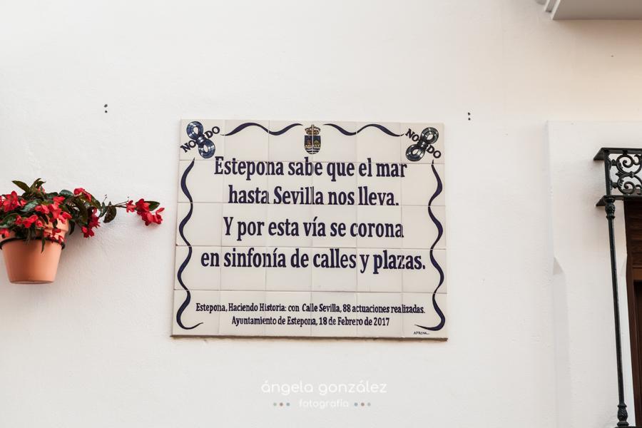 Detalles de los escritos en las calles de Estepona