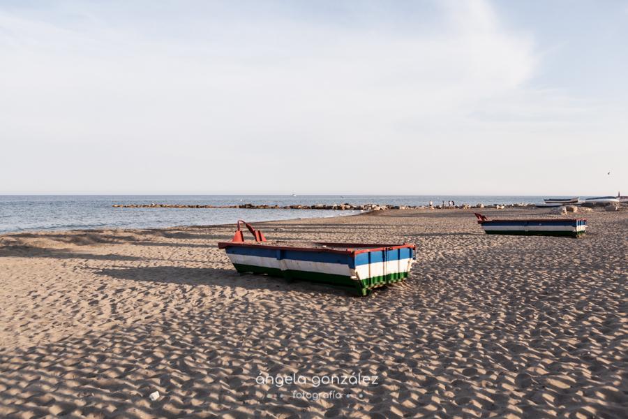 Foto de las barcas en la playa de Estepona