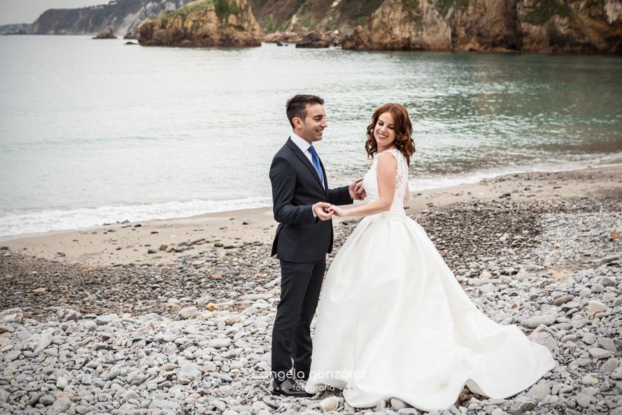 Post boda Nacho & Sary en la playa de Cadavedo
