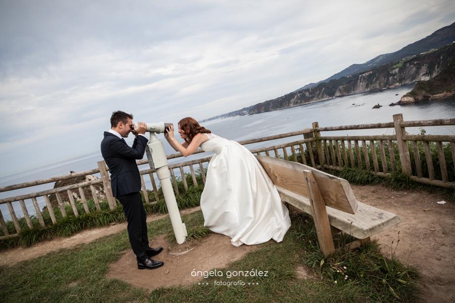 Fotografia documental, post boda en Asturias, acantilados de Cadavedo