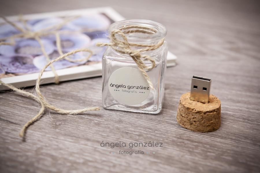 usb bodas, usb botella de cristal, Angela Gonzalez Fotografía, Bodas en Asturias, Oviedo,