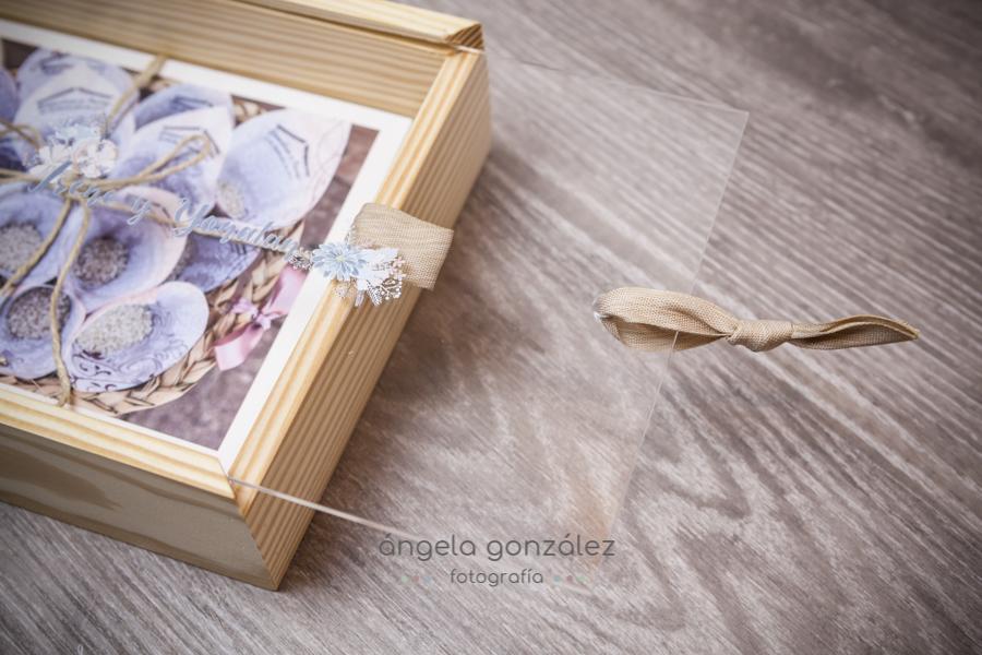 Caja de madera bodas, entrega de bodas, fotos en papel de algodón, Angela Gonzalez Fotografía, Bodas en Asturias, Bodas en Oviedo
