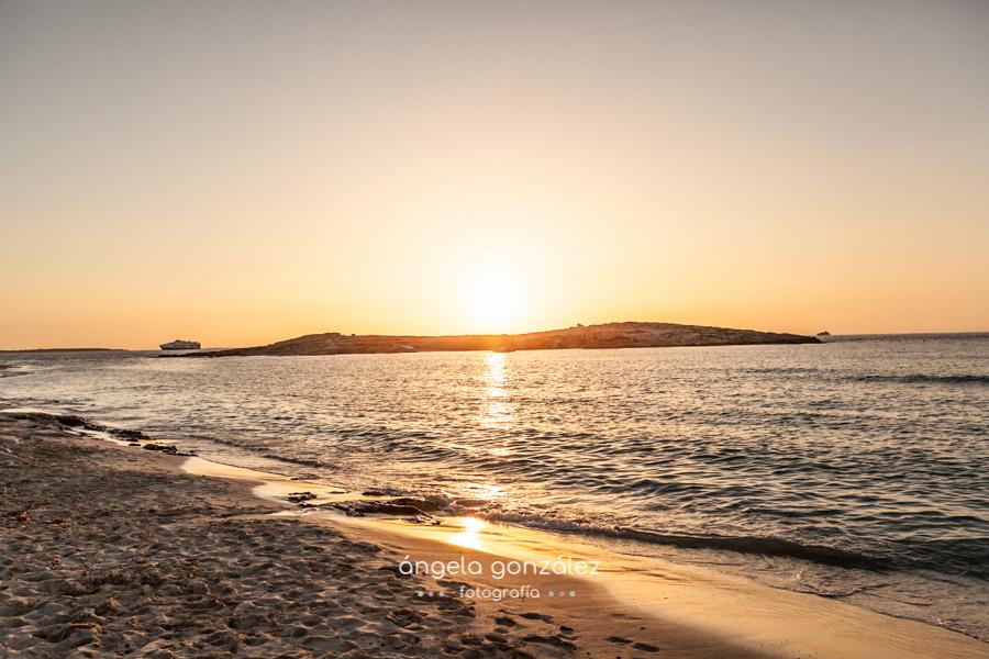 Puesta de sol en Las Illetes, Formentera, Fotos en la playa angeefotografia