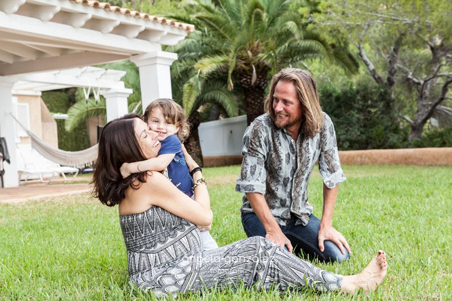 Fotos de familia en Ibiza, Reportaje de embarazo en Ibiza