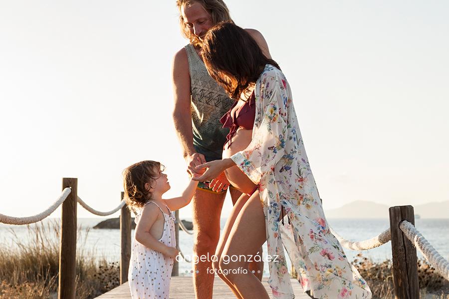 Fotos de embarazo en la playa, Fotos en las Illetes, Formentera, Angela Gonzalez Fotografía